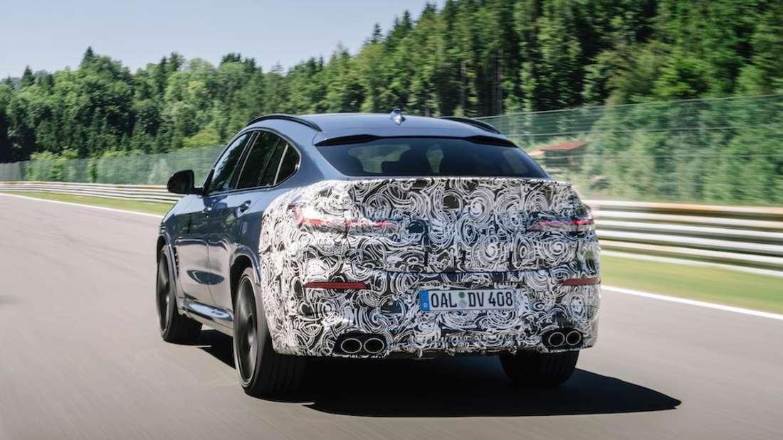 BMW Alpina XD4, fahrend, Heckansicht