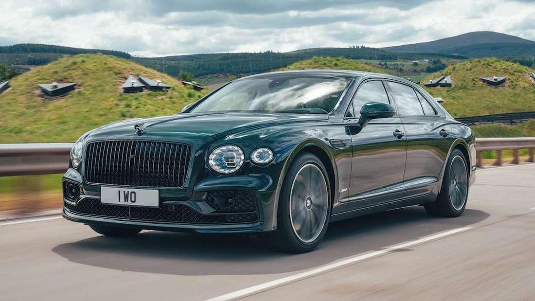 Bentley Flying Spur Hybrid, fahrend