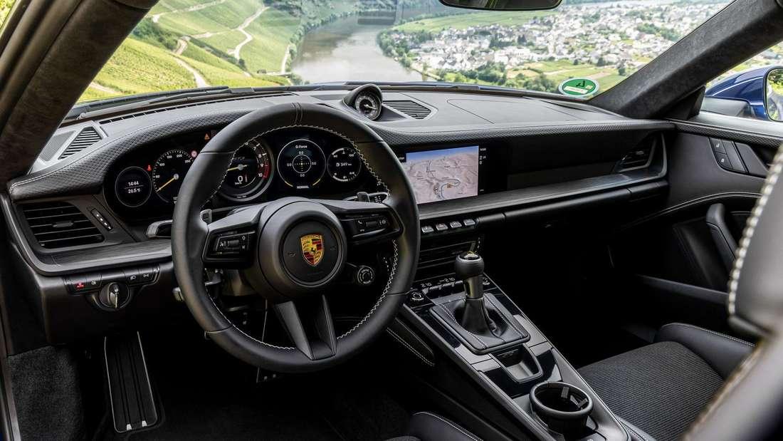 Interieur des Porsche 911 GT3 mit Touring Paket