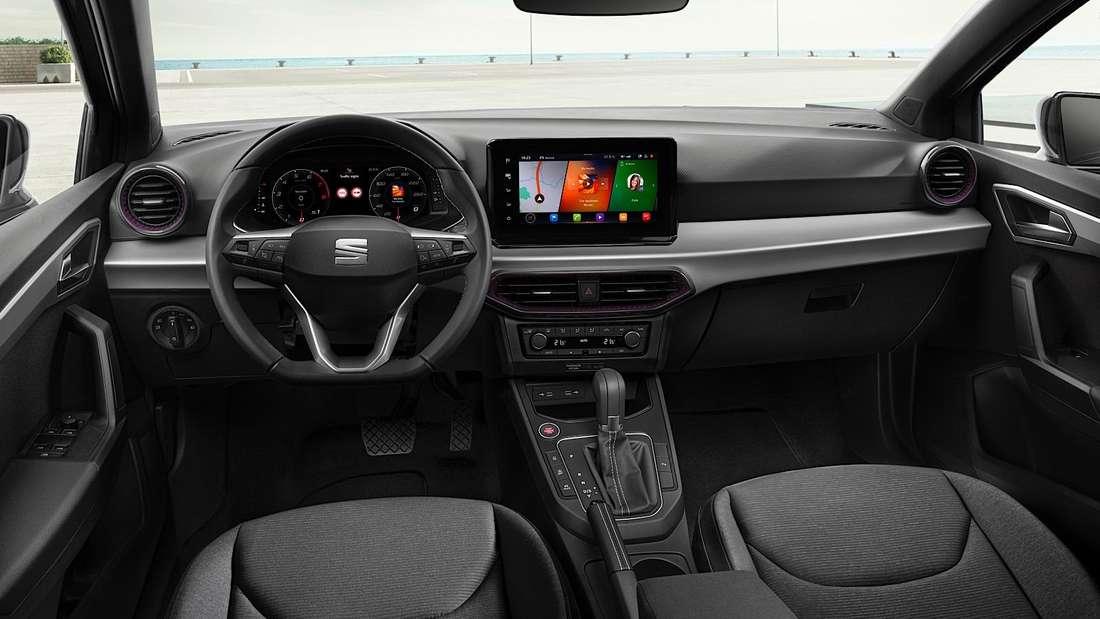 Blick ins Cockpit des Seat Ibiza