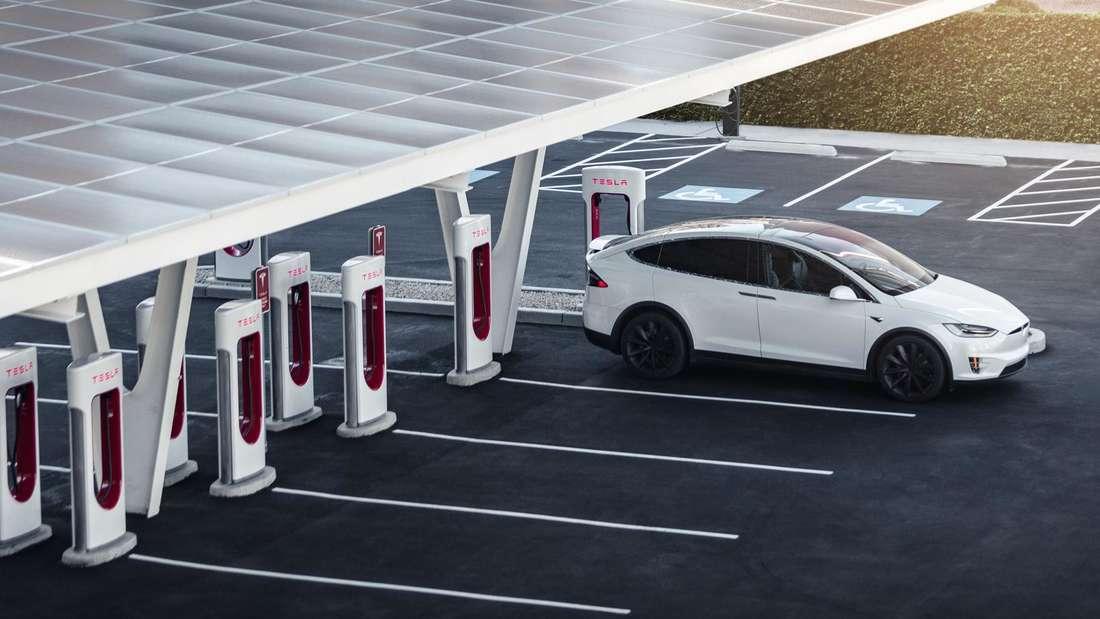 Tesla-Ladepark (Symbolbild)