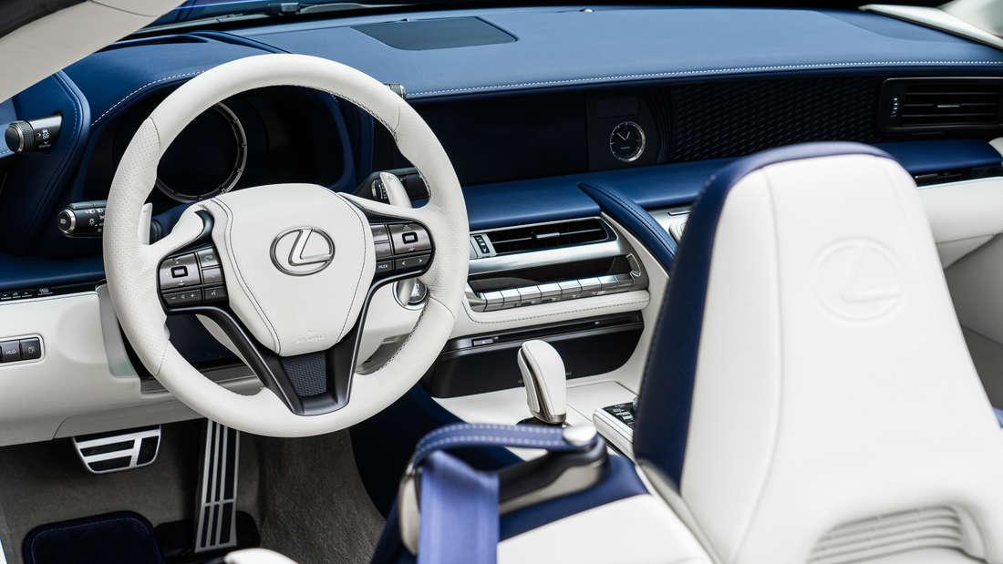 Interieur des Lexus LC 500 Cabriolet