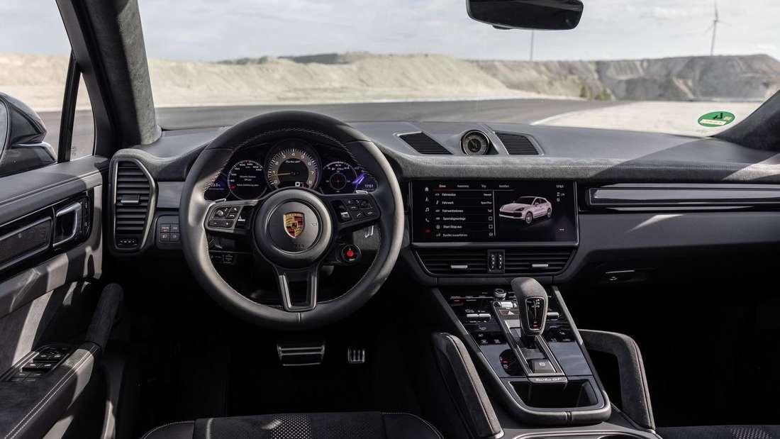 Interieur des Porsche Cayenne Turbo GT