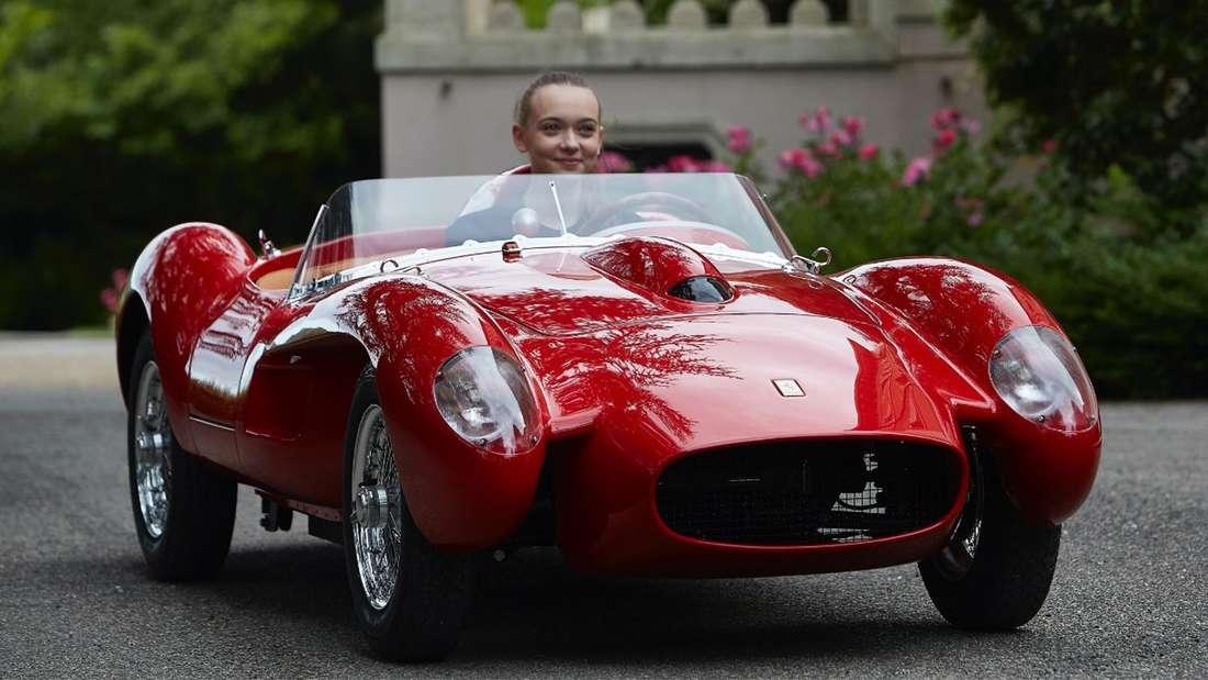 Ferrari 250 Testa Rossa als Großmodell