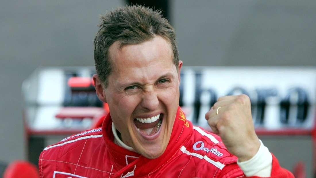 Der deutsche Formel-1-Pilot Michael Schumacher freut sich über seinen Sieg am Hungaroring bei Budapest. (Symbolbild)