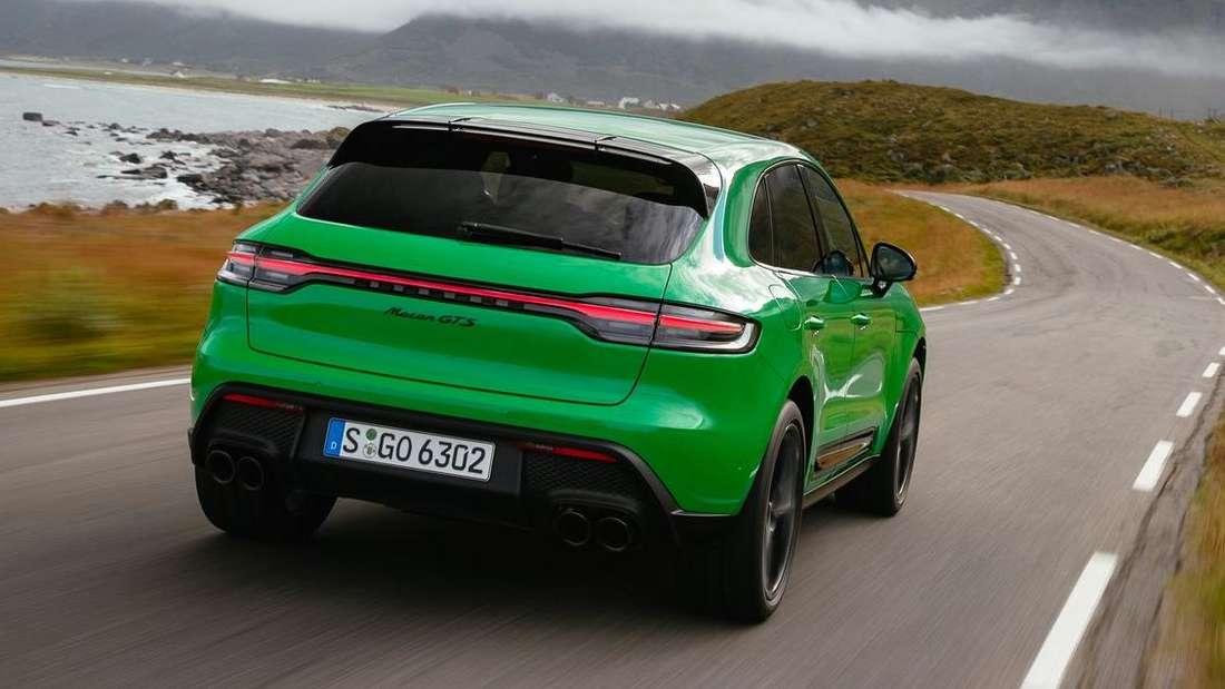 Fahraufnahme eines Porsche Macan GTS