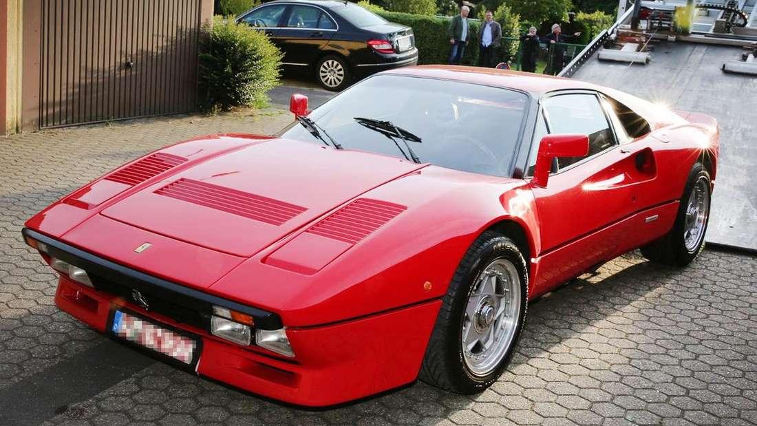 Der gestohlene Ferrari 288 GTO wurde in einer Garage bei Grevenbroich entdeckt.