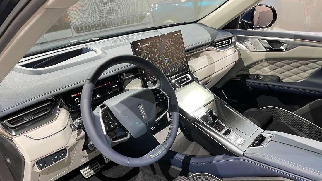 Blick ins Cockpit eines Wey Coffee 01